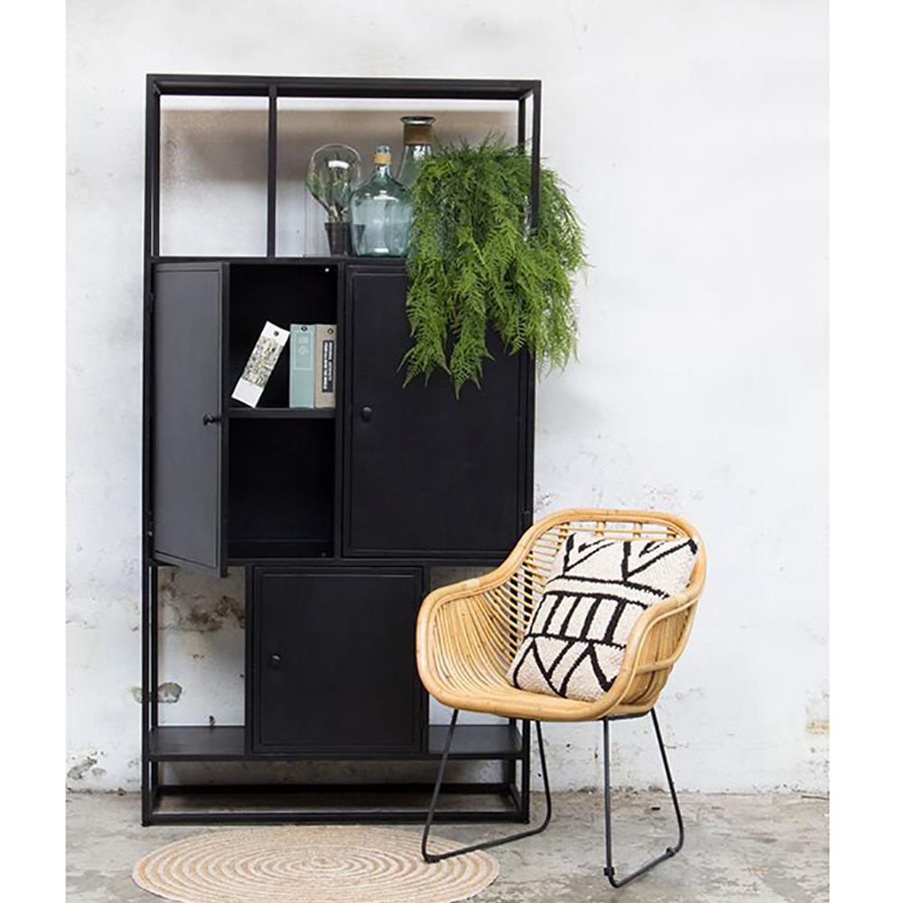 industrie design regal urban mit 3 t ren metall vintage schwarz metallregal new maison esto. Black Bedroom Furniture Sets. Home Design Ideas