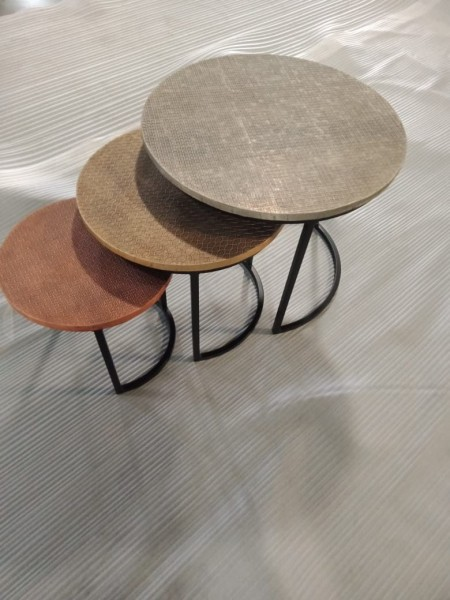 3er Set Beistelltisch Nisa Mango Massivholz natur Metall schwarz