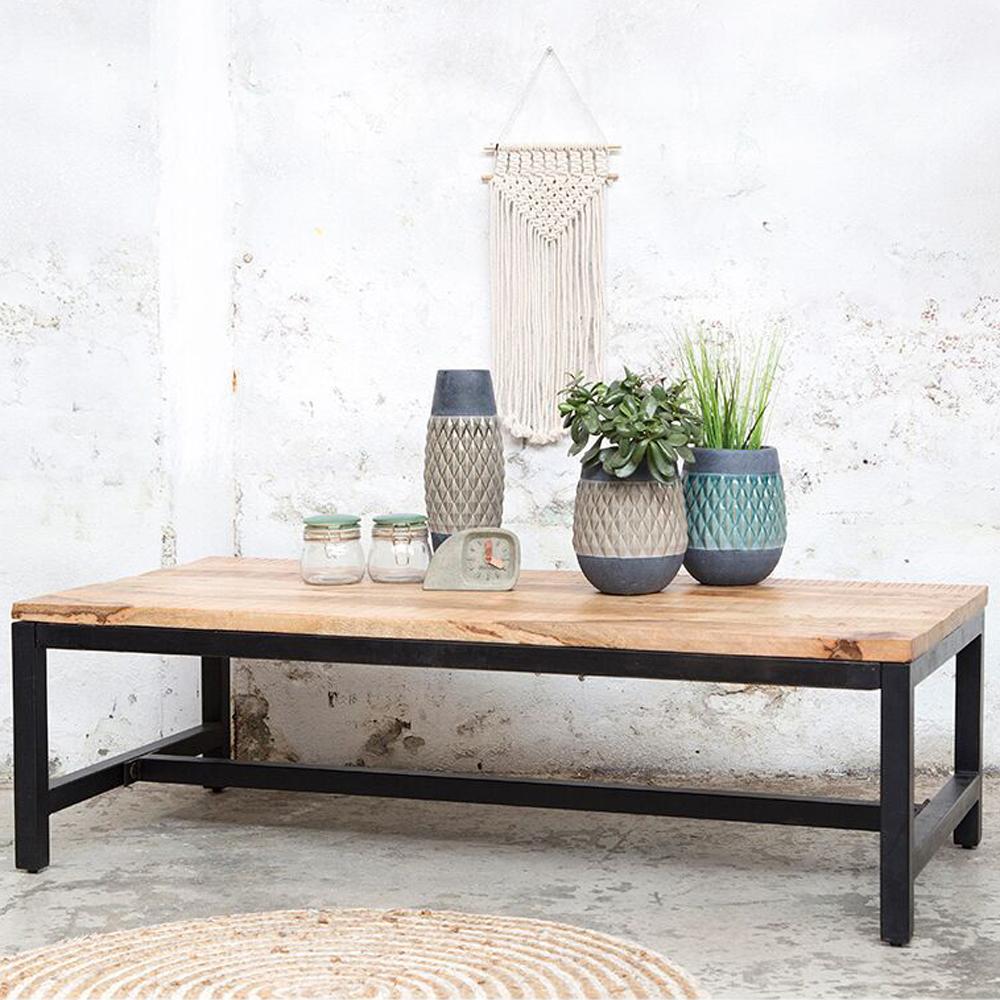 industrie design couchtisch 140 x 70 cm holztisch massivholz metall sofatisch new maison. Black Bedroom Furniture Sets. Home Design Ideas
