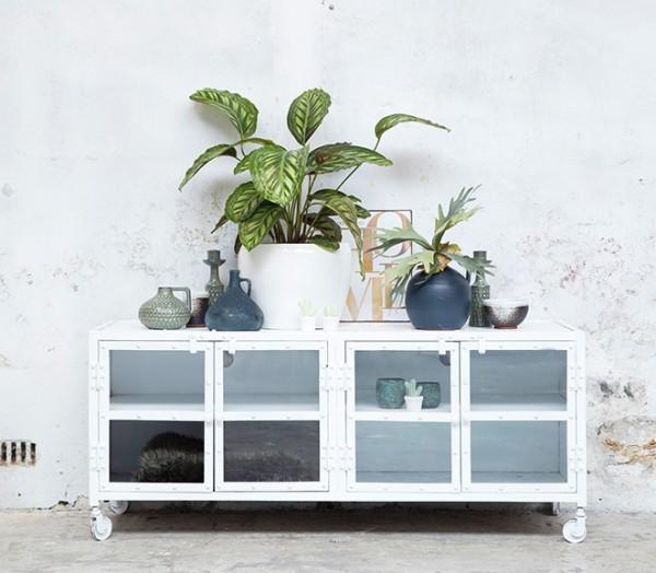 Industrie Design TV Möbel 140 cm Lowboard Fernsehtisch Sideboard vintage weiß